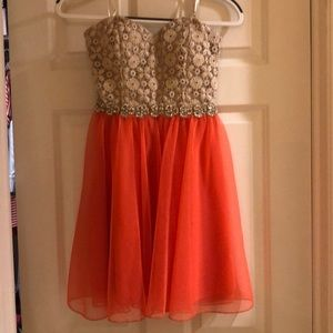 Juniors Strapless Dress Size 5